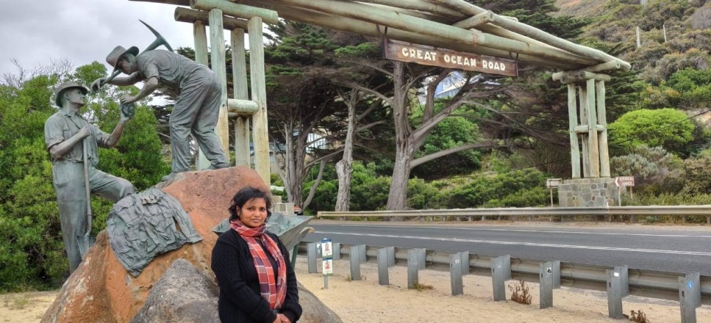 Bronze sculpture added on 75th anniversary of the Great Ocean Road